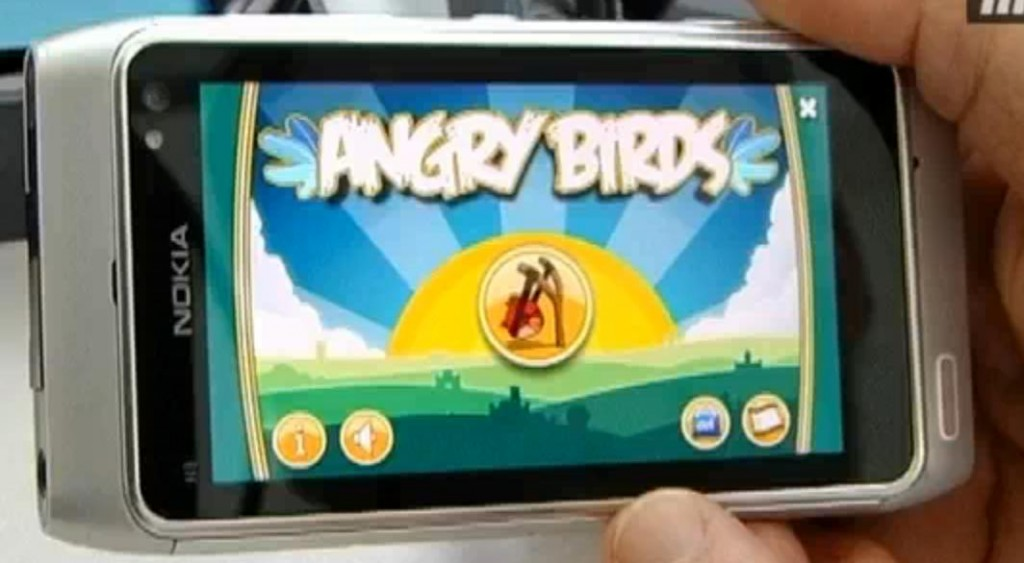 Angry Birds on Symbian - Nokia N8