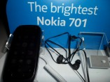 Nokia 701 with N8 and X7 (9)