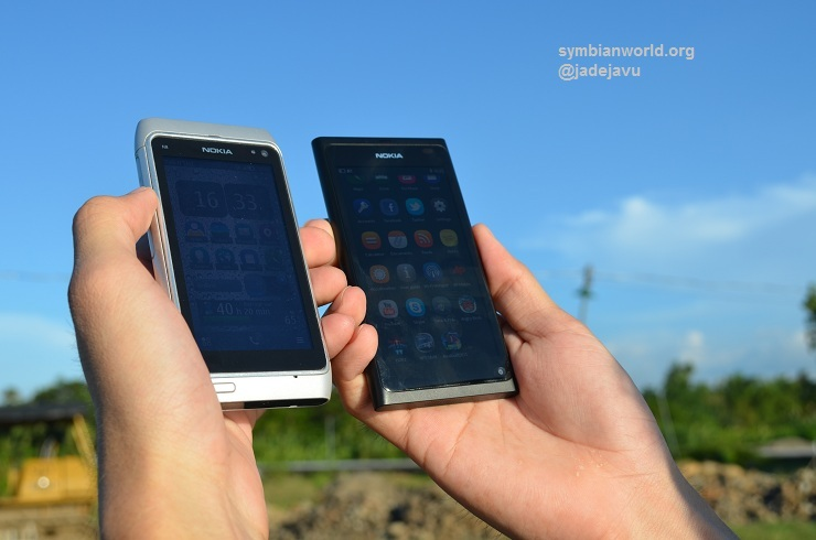 Nokia N9 Unboxing with Preview of Nokia N8 Comparison [Video